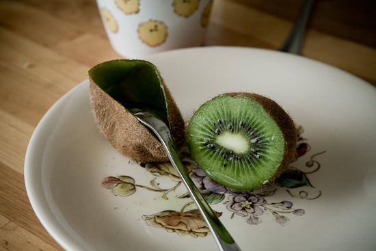 Un kiwi pour le petit dej'