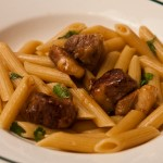 Penne rigate au canard marin au miel et vinaigre balsamique