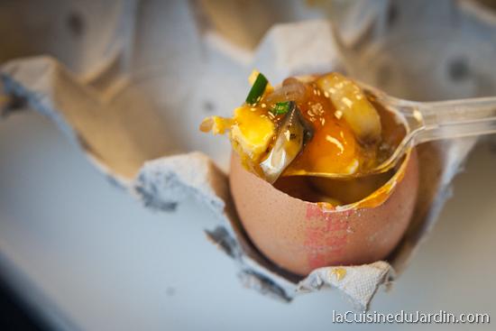 Oeuf cocotte dans son oeuf - atelier au Paris des Chefs 2012