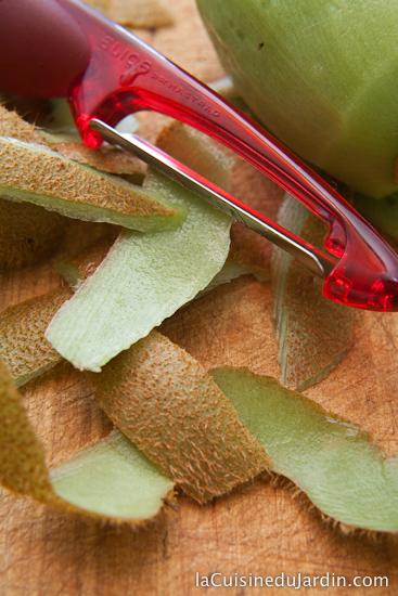 Eplucheur à peaux fines Mastrad