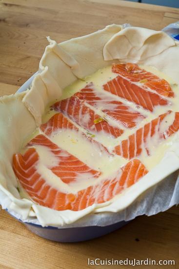 Disposer les lamelles de saumon