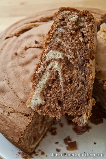 Gâteau marbré au yaourt et au chocolat