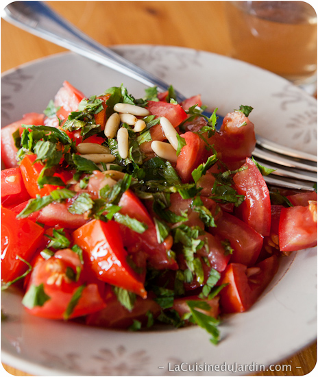 Tomates à la menthe fraiche