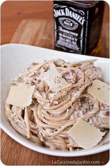 Spaghettis à la crème et au Jack Daniel's