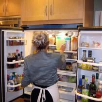 Se débarrasser des odeurs du frigo