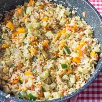 Poêlée de riz aux céréales, carottes et courgettes
