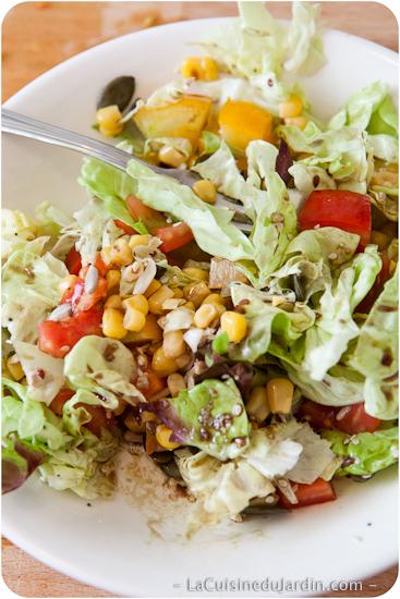 Salade composée facile et rapide : tomate et maïs